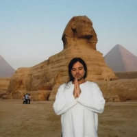 Mana Praying at Sphinx