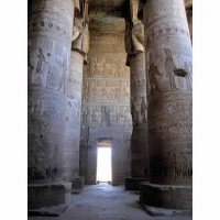 e12_egypt-20101